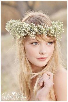 結婚式でじわじわ人気。かすみ草の花冠やブーケ、装花*