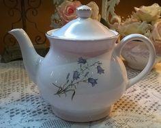 Lovely large vintage Sadler  bluebell floral patterned teapot