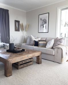 Salontafels maken de woonkamer! Fijne zondag! #salontafel  .  .  .  .  Credits: @casachicks  .  .  .  .  #inspiratie #interieur  #meubels #meubel #meubelonline #wonen  #woonaccessoires #design #living #interior #myhome2inspire #interior4you #instahome #styling #livingroom #wooninspiratie #homedeco #homedecoration #homedecor #furnnl #furniture #beautiful #homeandliving #lifestyle #sundayfunday #sundays #zondag #weekend