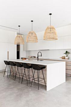 Timber Kitchen, Modern Kitchen Island, Kitchen Flooring, Modern Kitchen Designs, Modern Kitchen Decor, White Oak Kitchen, Kitchen Island Bench, Timber Flooring, Kitchen Room Design