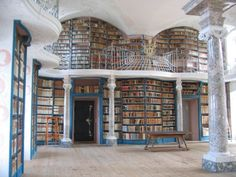 This reminds me of the library in Beauty and the Beast ... what a dreamboat!