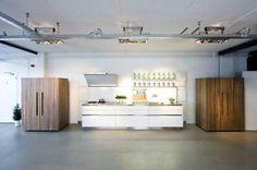 ≥ B2 en B3 Bulthaup showroomkeuken met topapparatuur -RVS blad - Keuken | Complete keukens - Marktplaats.nl