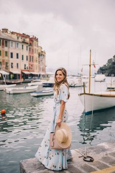 Gal Meets Glam Portofino Views - Privacy Please dress and Preston & Olivia hat trends Blue Floral Dress Wedding Invitations Trends 2019 Steve Mccurry, Summer Outfits, Cute Outfits, Summer Dresses, Gal Meets Glam, Look Chic, Modest Fashion, Modest Clothing, Fashion Clothes