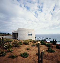 Completed in 2001 in Los Vilos, Chile. Images by Cristina Alemparte, Carlos Eguiguren. A way of living inside two curving walls that shelter like a womb, over looking the vastness of the pacific ocean, on the northern shores of Chile. Urban Landscape, Pacific Ocean, Country Roads, Architecture, Gallery, Building, Places, Image, Design