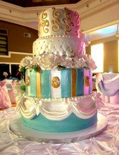 Marie Antoinette Themed Wedding Cake  Keywords: #marieantoinettethemewedding #jevelweddingplanning Follow Us: www.jevelweddingplanning.com  www.facebook.com/jevelweddingplanning/