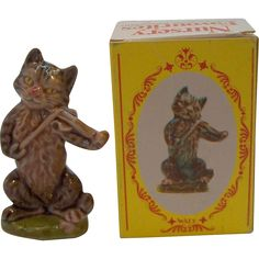 Vintage Wade of England Large Cat in Fiddle in Original Box Nursery Favourites No. 13