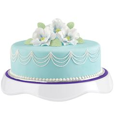 Create this botanical beauty in all its glory with the ease of our Tilt ?N Turn ULTRA Cake Turntable. It lifts your cake off the work surface to decorate borders, and add embellishments all around the cake without straining.