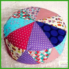 Patchwork, Denim, and Slow 805088870856219616 Sewing Pillows, Diy Pillows, Cushions, Sewing Crafts, Sewing Projects, Drawstring Bag Tutorials, Diy Cushion, Pillow Tutorial, Diy Couture
