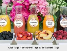 What's better than mimosas flavored with fresh fruit at a girls' brunch or wedding shower? This bar is a delicious and colorful addition to any outdoor get-together. Photo by J Wiley Photography via Green Wedding Shoes (wedding brunch ideas) Teenager Party, Sumo Natural, Pyjamas Party, Sangria Bar, Prosecco Bar, Party Food Bars, Summer Party Themes, Ideas Party, Brunch Party Decorations