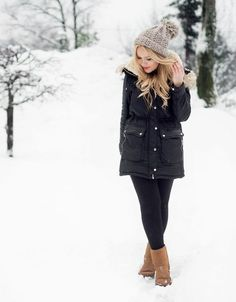 Something veronica would wear snow fashion, fall fashion, winter snow outfits, snow day Winter Maternity Outfits, Cold Weather Outfits, Winter Outfits For Work, Winter Outfits Women, Winter Fashion Outfits, Casual Winter, Winter Wear, Dress Winter, Winter Snow