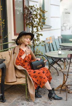 """Politisch korrekt"": erstrebenswert oder nervig? – nachgesternistvormorgen Love Her Style, Style Me, Your Style, Fashion Weeks, German Fashion, Only Fashion, The Girl Who, Outfit Posts, Style Inspiration"