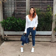 Simple Summer to Spring Outfits to Try in 2019 – Prettyinso Classy Outfits, Outfits For Teens, Trendy Outfits, Cute Outfits, Fashion Outfits, Womens Fashion, Look Camisa Jeans, Look Fashion, Casual Chic