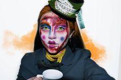 🧡We are all mad here🧡 Estoy MUY contenta con este maquillaje y con la edición de la foto 🖤 Esta sería como la continuación del que hice de… Halloween Makeup, Fictional Characters, Instagram, Make Up, Pictures, Haloween Makeup, Fantasy Characters, Halloween Make Up