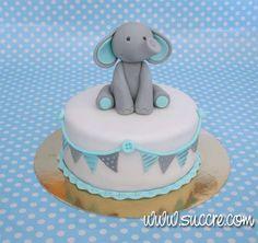 Tarta elefante para bebé Más   https://lomejordelaweb.es/