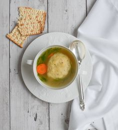 A low-FODMAP chicken stock and low-FODMAP matzo ball soup recipe that is gluten-free, & dairy-free! It is easy and delicious for Passover or anytime. Soup Recipes, Diet Recipes, Healthy Recipes, Chicken Recipes, Matzo Ball Soup Recipe, Matzo Meal, Low Fodmap, Fodmap Diet, Dairy Free