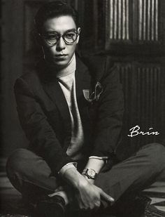 Scans: From TOP: 1st Pictorial Records Photo Book #3 [PHOTOS]   bigbangupdates
