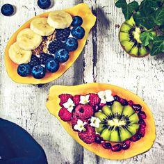 Papaya Boote (Papaya Boats) Healthy Drinks, Healthy Food, Healthy Recipes, Roh Vegan, Acai Bowl, Breakfast, Health Recipes, Healthy Food Recipes, Healthy Foods