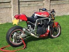 www.marktplaats.nl/motoren-suzuki/caferacer-suzuki-ruilen-intruder-1400 Origineel: Suzuki GSX-1100R Bouwjaar: ... Suzuki Cafe Racer, Cafe Racer Bikes, Cafe Racer Motorcycle, Gsxr 1100, Street Fighter Motorcycle, Custom Street Bikes, Custom Trikes, Drag Bike, Suzuki Gsx