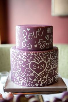 Graffiti wedding cake.  Learn how to create your own amazing cakes: www.mycakedecorating.co.za #weddingcake #bridalcake #bridalshower