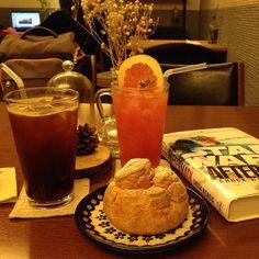 #starwars #aftermath #creampuff #grapefruitjuice #americano #cafemima #슈크림 #자몽에이드 #아메리카노 #카페미마 #스타워즈 #부경대