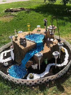Get crafty this summer and make your own whimsical fairy garden with these creative DIY fairy garden ideas as inspiration. Mini Fairy Garden, Fairy Gardening, Woodland Fairy, Beautiful Fairies, Cactus Y Suculentas, Miniature Fairy Gardens, Fairy Land, Fairy Houses, Container Plants