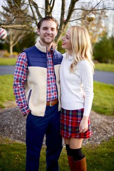 Katie's Bliss: Holiday Outift Inspiration - http://www.katiesbliss.com/2015/12/christmas-card-photos-2015-vineyard-vines-holiday-collection.html/