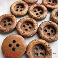 Encontre mais Botões Informações sobre 15 mm café 4 furos coração de madeira botão botões para costura diy scrapbooking artesanato, de alta qualidade botão, grossista botão China Fornecedores, Barato botão de suprimentos crachá de Niucky Diy store(Buttons) em Aliexpress.com