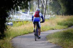 Faire du vélo sur les 35 kms de piste cyclable de Biscarrosse http://www.biscarrosse.com/plan-des-pistes-cyclables