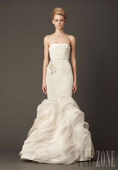 Vera Wang - Bridal - Fall 2013 - http://en.flip-zone.com/fashion/bridal/ready-to-wear/vera-wang