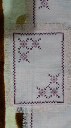 This Pin was discovered by Müz Hardanger Embroidery, Diy Embroidery, Cross Stitch Embroidery, Embroidery Patterns, Cross Stitch Patterns, Palestinian Embroidery, Cross Stitch Pillow, Swedish Weaving, Drawn Thread