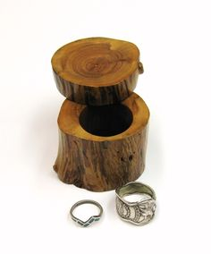 wood ring holder