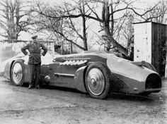 Bluebird 620x464 History of Sports Cars   Speed Records at Daytona Beach  Malcolm Campbell 272mph bluebird