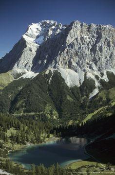 View over Lake Seeben to mount Zugspitze, Ehrwald, Tyrol, Austria