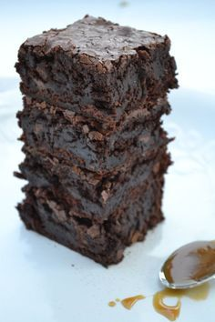 Ultimate Double Chocolate Brownies As someone who grew up in the country, I love getting out into nature whenever I can. I also love home-style recipes, including these yummy brownies. Double Chocolate Brownies, Chocolate Desserts, Divine Chocolate, Chocolate Chocolate, Boxed Brownies, Espresso Brownies, Coffee Brownies, Chocolate Roulade, Chocolate Smoothies