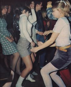 Vintage Photos of Enviable Partygoers