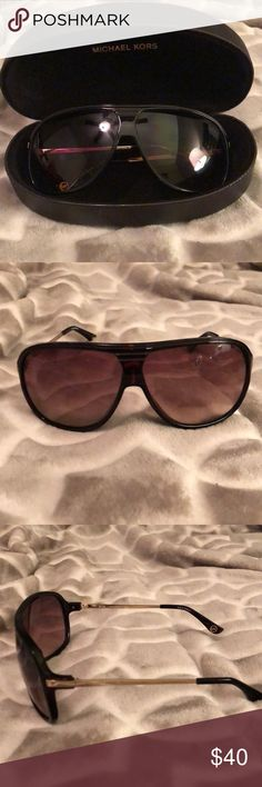 d2bbd3db4da9 Sunglasses Michael Kors Used Sunglasses Michael Kors Accessories Sunglasses