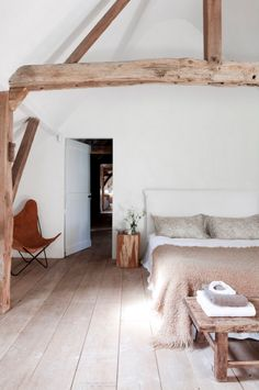 chambre - nature - bois - blanc / bedroom - natural