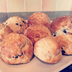 Home made scones 💕 Homemade Gifts, Scones, Muffin, Goodies, Treats, Cooking, Breakfast, Sweet, Party