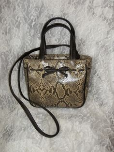 6123d728f8e5 Relic purse.  12.50 http   stores.ebay.com pampered-