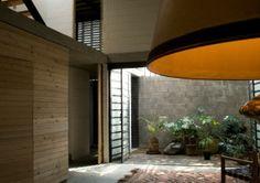 Lenguaje parco y materiales económicos. La Casa del callejón. DMP Arquitectos - Noticias de Arquitectura - Buscador de Arquitectura