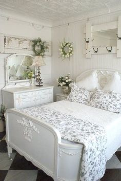 Farmhouse plank wall and Shabby Chic styling- gorgeous combination. Next time I redo the guest room, it will look just like this!