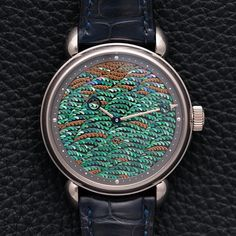 Check out our latest article about five independent watchmakers that caught our attention at this years Basel World live now on the site. This is the incredible @karivoutilainen Aki-No-Kure. Voutilainens brand has become known for its ability to craft incredibly intricate dials using traditional techniques like guilloche enamelling and lacquering. This unique piece was created in collaboration with famed Japanese lacquer studio Unryuan. Several of Karis unique pieces have used this…