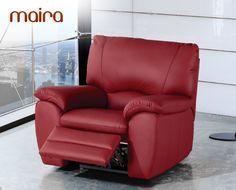 El sofá Maira de HOME es un modelo de extraordinario confort. Está disponible en 2 plazas (156 cm de largo), 3 plazas (208 cm de largo) y un conjunto 3+2, con el que conseguirá un mejor precio por ambos modelos. También puede completar su estancia con un sillón relax (106 cm), de gran comodidad.