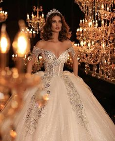 38 Beautiful Sparkly Wedding Dress Ideas For Spring And Summer Princess Wedding Dresses, Dream Wedding Dresses, Bridal Dresses, Wedding Gowns, Queen Wedding Dress, Dresses Dresses, Wedding Bells, Wedding Attire, Beautiful Gowns