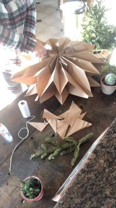 Holiday Ideas, Christmas Ideas, Centerpieces, Table Decorations, Holiday Decorating, Christmas And New Year, Apothecary, Easy Crafts, Flower Arrangements