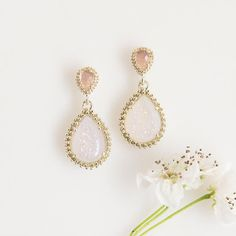 Calling all brides! Kendra Scott wants to be part of your big day! Email events@kendrascott.com to plan a Color Bar™ party for you and your bridesmaids and customize a special piece you'll cherish forever.