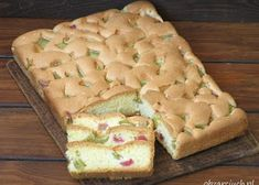 Wiśniowiec bez pieczenia - Obżarciuch Food Cakes, Cake Recipes, Bread, Cheese, Ferrero Rocher, Asia, Cook, Youtube, Kuchen