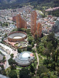 Plaza de Toros y Planetario de Bogotá.