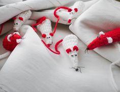 Идеи За Мартеници Kids And Parenting, Decoupage, Diy And Crafts, Felt, Homemade, Crafty, Christmas Ornaments, Holiday Decor, Crochet