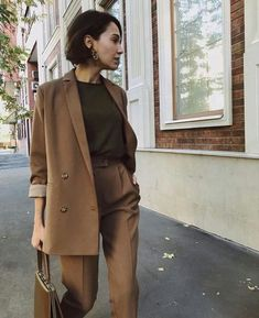 What is Masculine Clothing? Featured Items in Masculine Clothing - Business Outfits for Work Mode Outfits, Office Outfits, Casual Outfits, Fashion Outfits, Office Wear, Womens Fashion, Casual Office, Office Chic, Casual Attire